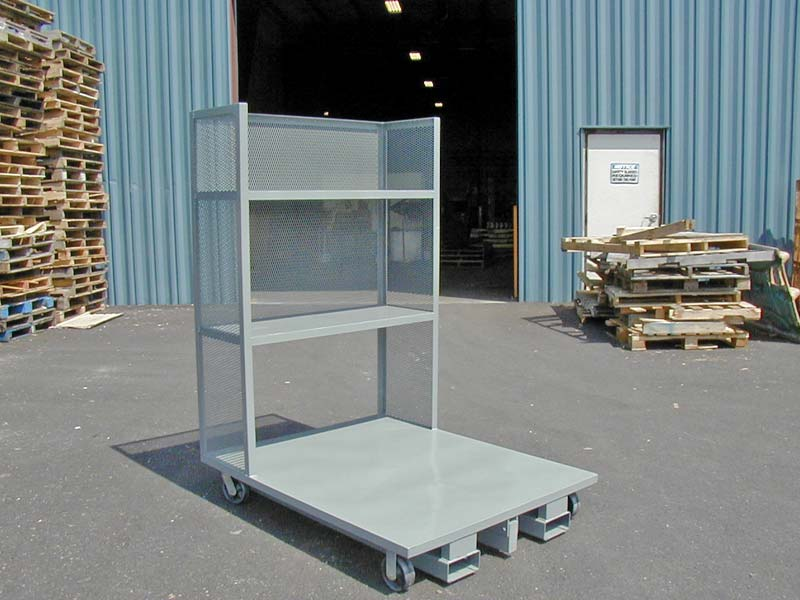 Order Picker with Shelves