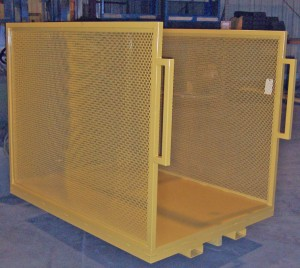 Order Pick Platform with Mesh Sides