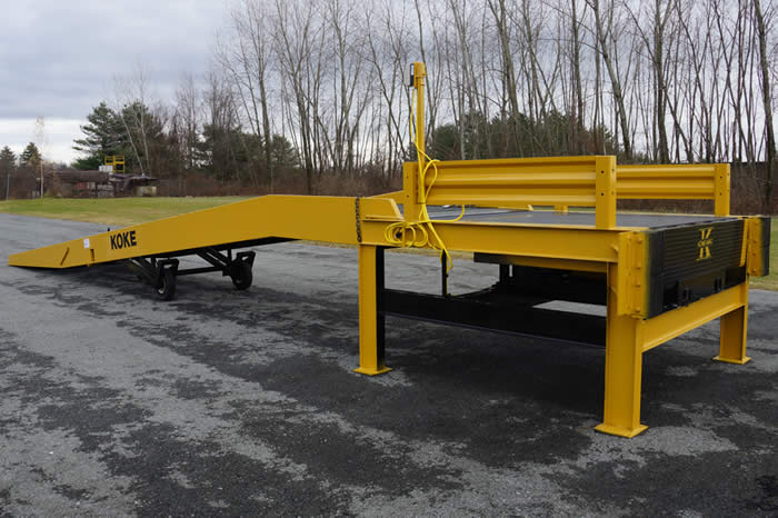 Steel forklift yard ramps are portable mobile