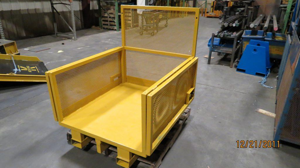 Aluminum Folding Ramps >> Folding Sides Platform - Koke Incorporated
