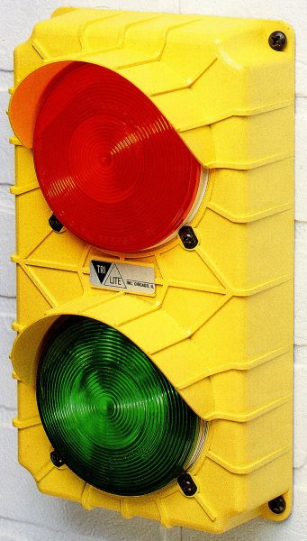 Truck Restraint Traffic Light